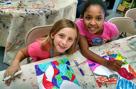 Kids Paint Together at The Hub